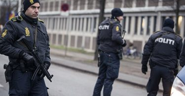 덴마크와 독일에서 체포 된 폭탄 공격을 계획하는 테러리스트