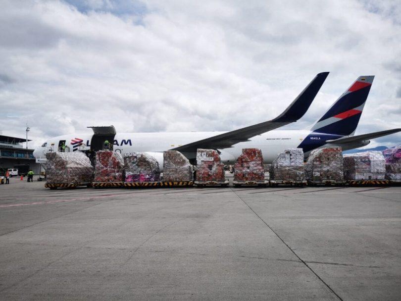 LATAM Cargo flores