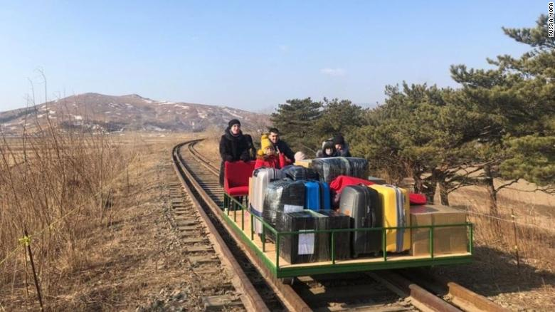 A new Travel Option: Crossing the border pushing a railroad trolley