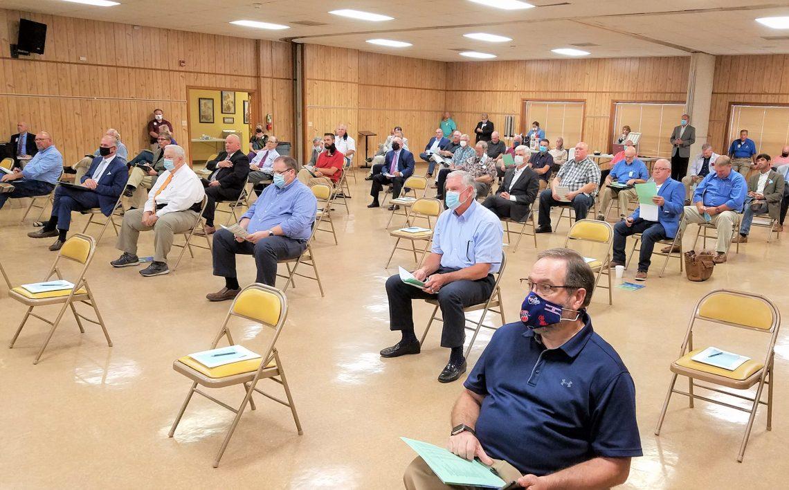 Lapan dari sepuluh orang Amerika kehilangan mesyuarat dan konvensyen secara langsung