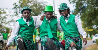 Montserrat juhli Isossa-Britanniassa Pyhän Patrickin päivänä
