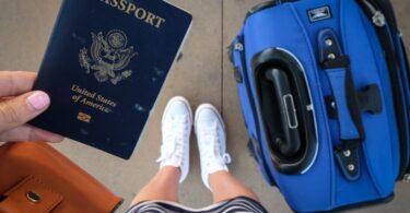 Bílý dům naléhal na stanovení časové osy pro znovuotevření mezinárodního cestování