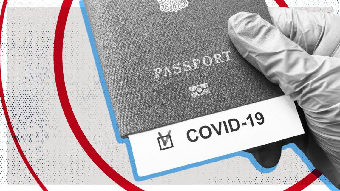 A maioria dos britânicos favorece mais países adotando passaportes de vacinação