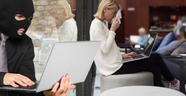Hackers: Ferburgen gefaren fan iepenbiere Wi-Fi foarkomme