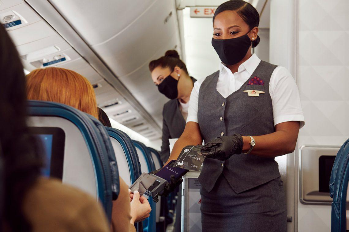 Бескантактавыя тэхналогіі: Delta Air Lines укараняе бескантактавыя плацяжы на борце