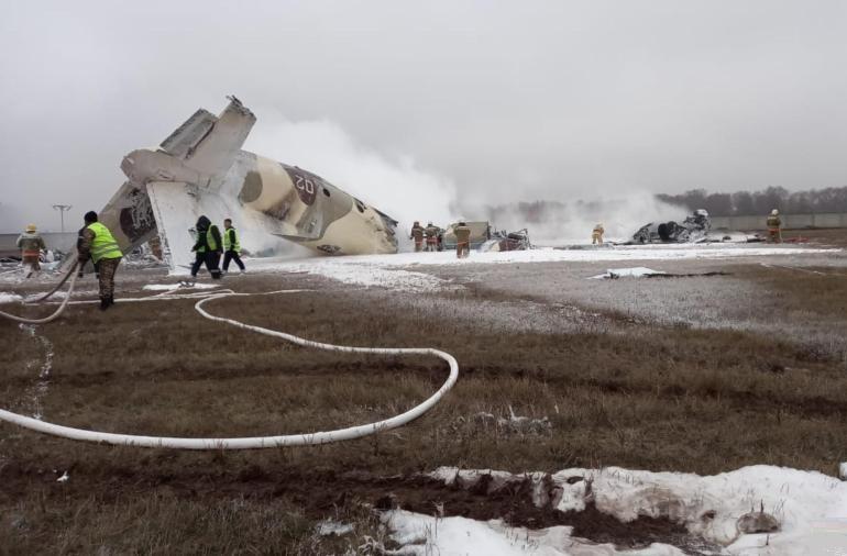 Při havárii letadla v Kazachstánu zahynuli 4 lidé