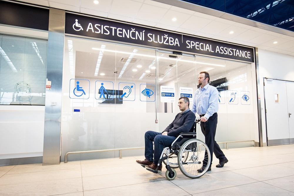 Аэрапорт Прагі бярэ на сябе кіраванне некалькімі службамі