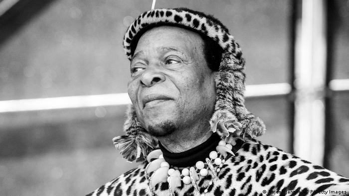 Hans Majestæt Kongen af Zulu er død
