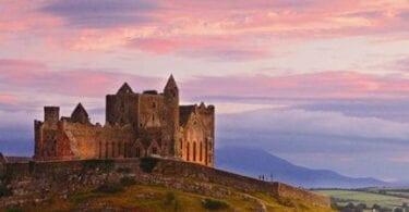 Kävele Saint Patrickin Irlannissa