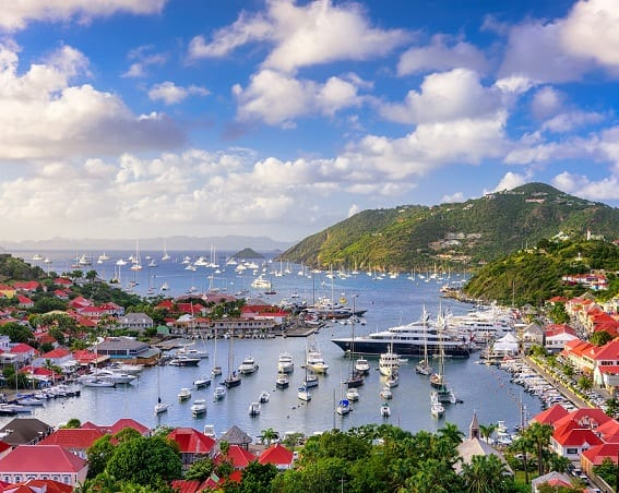 St. Barts orders vaccination campaign to reopen borders