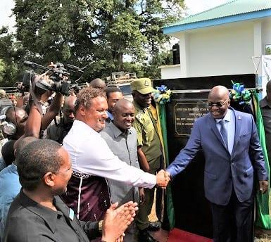 گردانندگان تور تانزانیا در سوگ رئیس جمهور سقوط کرده مگوفولی شرکت می کنند