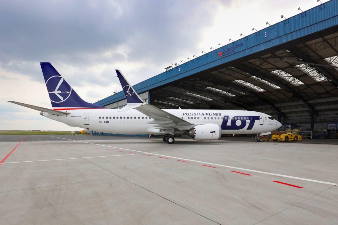 Kei te CSAT te tiaki mo nga rererangi LOT Polish Airlines Boeing 737 MAX
