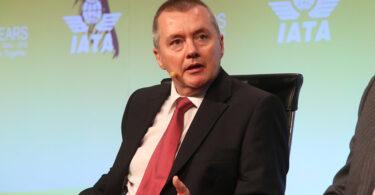 IATA: Maskapai global menghadapi kerugian $ 48 miliar pada tahun 2021