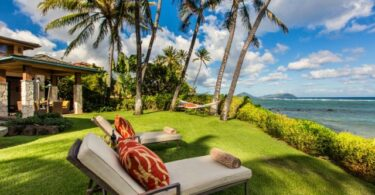 Besetting fan fakânsjeferhier op Hawaï hast 20% heger as hotelbesetting yn maart