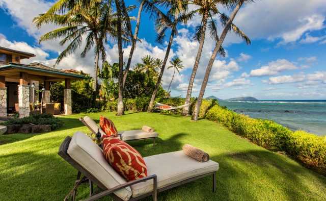 Hawaii vacation rentals occupancy nearly 20% higher than hotel occupancy in March