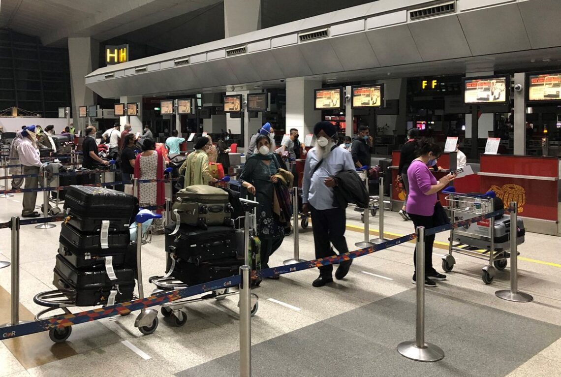 Ο Καναδάς απαγορεύει όλες τις πτήσεις επιβατών από την Ινδία και το Πακιστάν