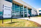 Airbus Canada malfermos vakcinan centron en Mirabel
