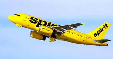 Spirit Airlines manome bebe kokoa an'i Kansas City