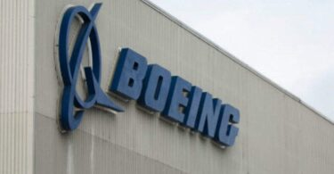 Boeing slibuje 10 milionů dolarů na indickou odpověď COVID-19