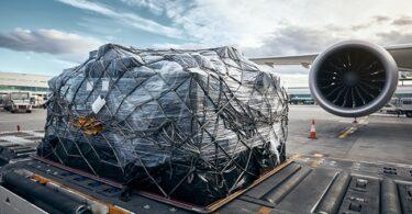 La demanda de carga aérea aumentó un 9% en febrero en comparación con los niveles anteriores a COVID