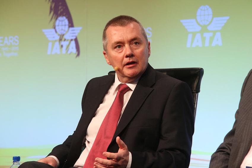 IATA: Negativa pasaĝera postula tendenco daŭras en februaro