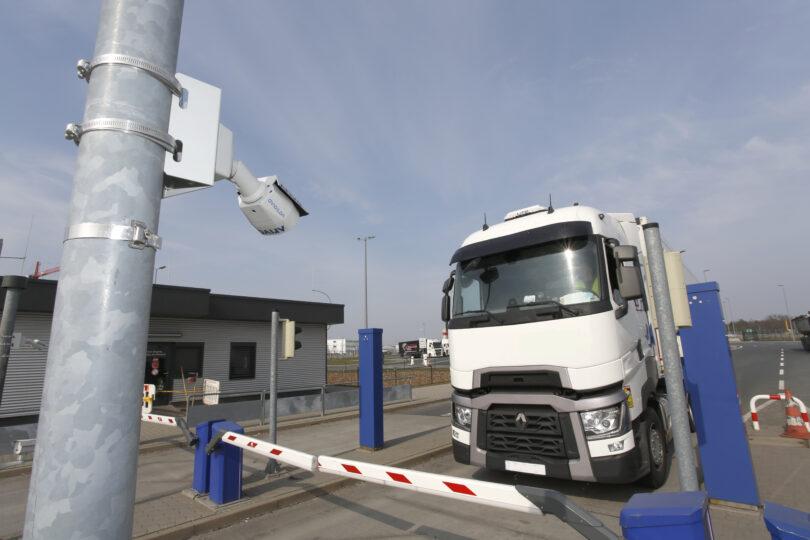 Fraport-ek matrikulen detekzio automatikoa aurkeztu du Frankfurteko aireportuko CargoCity South-en