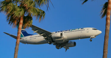 WestJet extends Mexico and Caribbean flight suspension