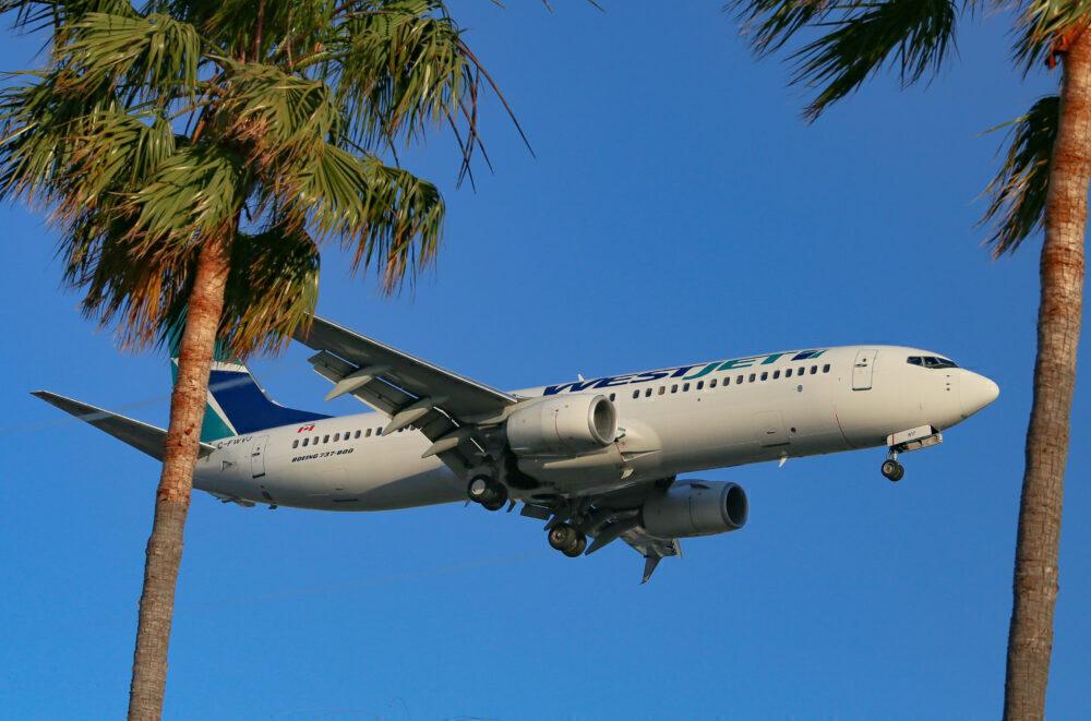WestJet працягвае прыпыненне палётаў у Мексіцы і Карыбскім моры