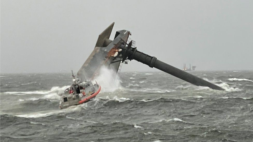 6 reddet, 13 fortsatt savnet i Louisiana skipskatastrofe