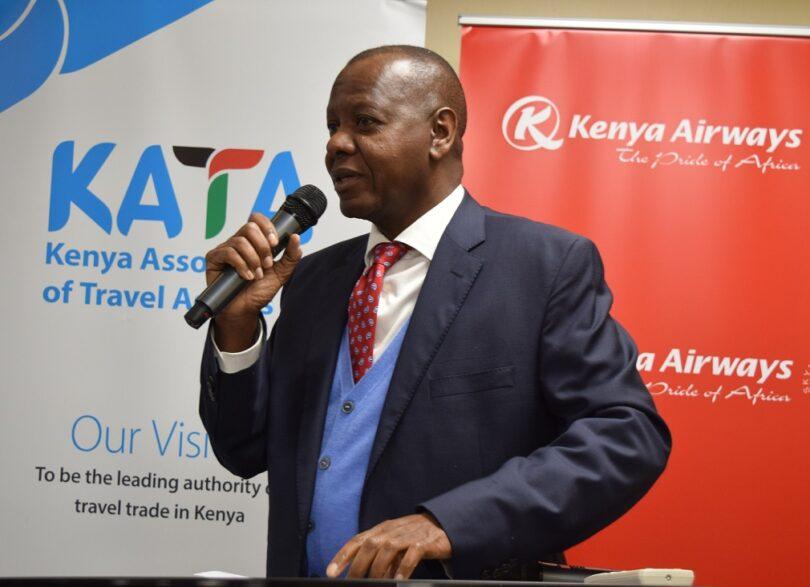केनियन ट्रॅव्हल एजंट्स प्रवासी उद्योगावरील लॉकडाऊनच्या परिणामाचा सामना करतात