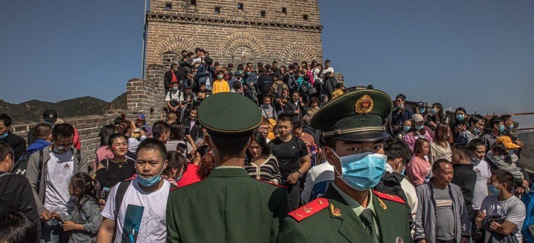 China implementa medidas anti-COVID estritas em locais turísticos antes do feriado