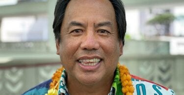 "Gipili sa Hawaii Tourism Authority ang bag-ong chairman nga ""Quicksilver"""