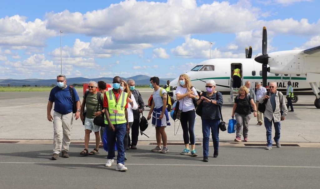 Israelische Touristen besuchen Tansania nach der verheerenden Covid-19-Pandemie
