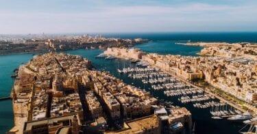 Prekretnica cijepljenja na Malti doseže 50 posto