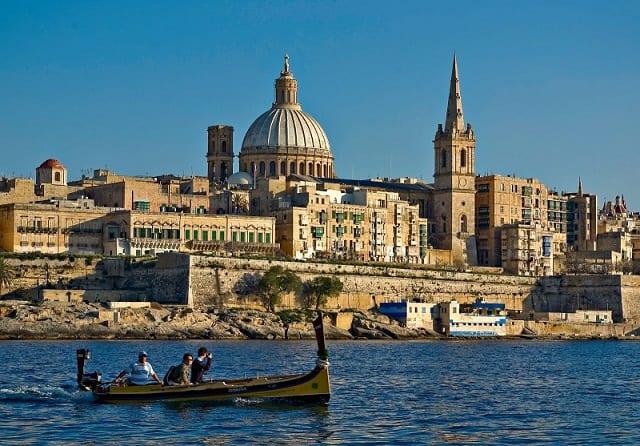 Nahatratra 50 isan-jato ny dingana vita amin'ny vaksiny any Malta