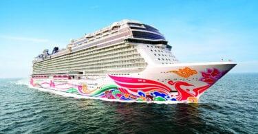 Norwegian Cruise Line al puerto base en Jamaica