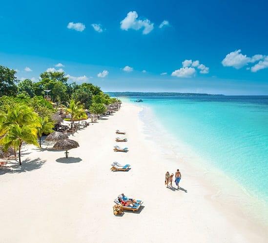 Resorts Sandale Xhamajka shton vendpushime të reja emocionuese