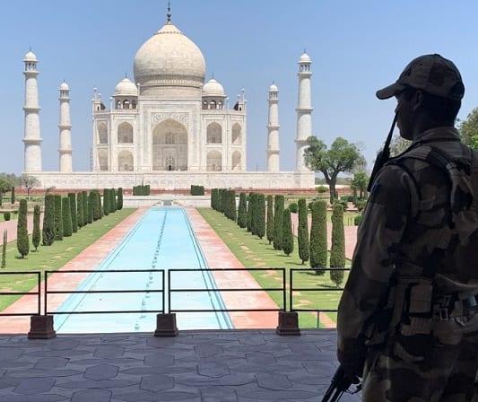 أغلقت الهند جميع الآثار والمتاحف بسبب موجة COVID الجديدة