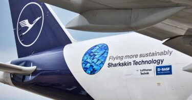 Lufthansa Group en BASF rôlje sharkskin technology út