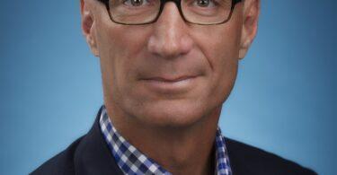 ادوارد 'تد' فیلیپ به عنوان رئیس غیر اجرایی هیئت مدیره یونایتد ایرلاینز منصوب شد