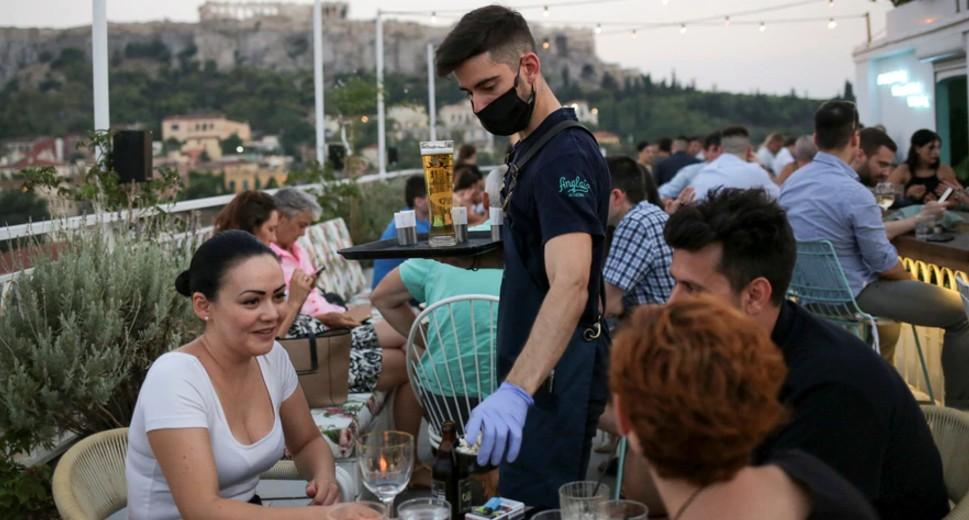 Restoran, bar dan kafe dibuka semula di Greece selepas penutupan COVID-6 selama 19 bulan