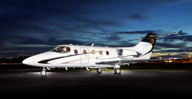 Premier Jets onwe ya nwetara Oakland Air FBO na Oakland County International Airport