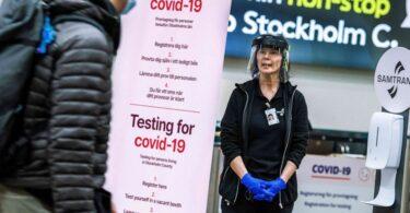 Como los casos superan el millón, Suecia se pregunta qué salió mal con su 'estrategia COVID'