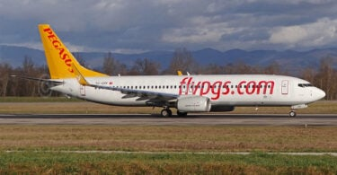 Turkish Airlines en Pegasus Airlines lansearje plande flechten fan Kazachstan