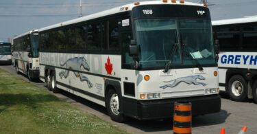Greyhound Canada ends all services in Canada