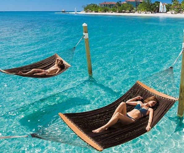 Sandals Resorts- ում հյուրերի ակնարկն արժե հազար նկար