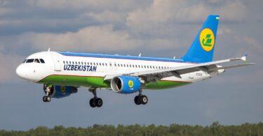 Uzbekistan Airways terbang dari Tashkent ke Moscow Domodedovo Airport