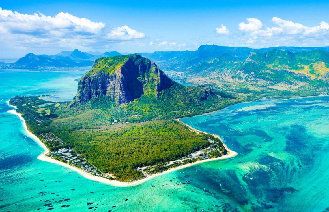 """毛里求斯为外国游客设立14个""""度假村泡泡"""""""