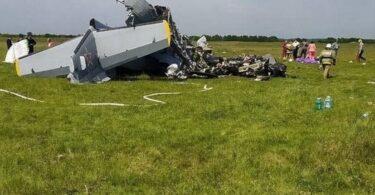 Nine people killed, several injured in Russia plane crash