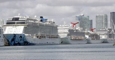 Judge strikes down CDC 'conditional sailing' order against cruise lines